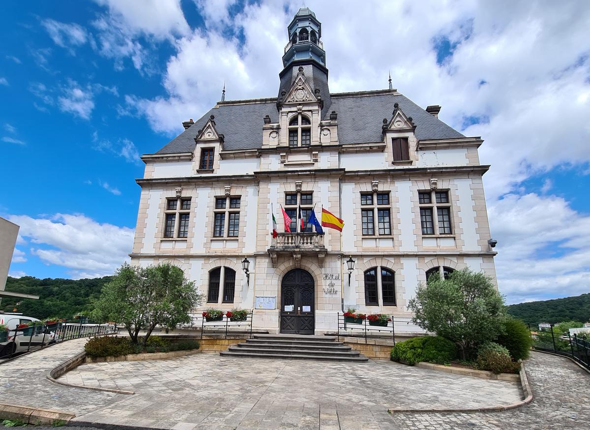 Place Decaze et Mairie
